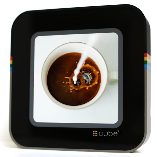 #Cube Classic; Digital Wi-fi Touchscreen Photo Viewer for Instagram
