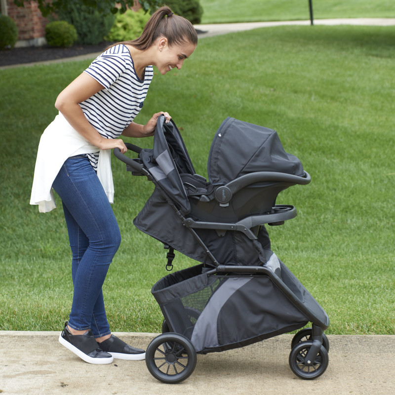 Advanced SensorSafe™ Epic4™ Travel System (Blue Fog) Lifestyle Photo