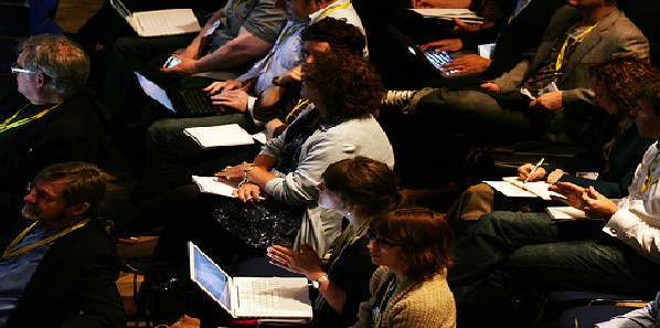Tweeting at Medical Conferences: Impact on Speakers' Presentations