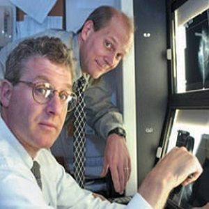 Dr. Keith Paulsen (rear), professor of radiology and surgery at Dartmouth