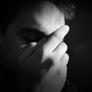 Heart Attack Patients More Depressed, Get Fewer Antidepressants