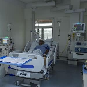 On-demand vs. routine nebulisation in ventilated ICU patients
