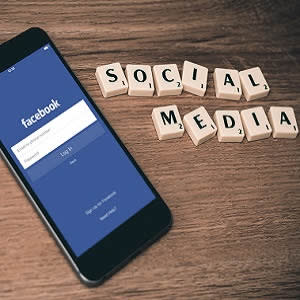 Using social media to disseminate radiology educational content