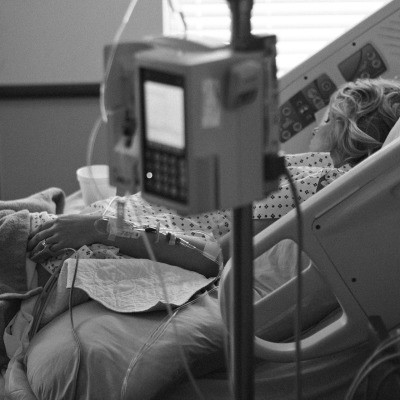 The role of post-ICU recovery clinics