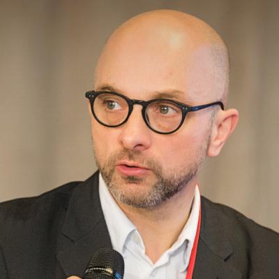 Executive Director Usman Khan leaves the European Health Management Association