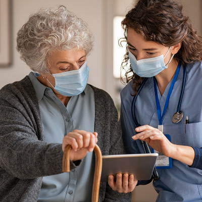 Relation Between Outpatient and Inpatient Portal Use