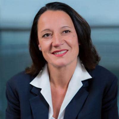 Dr. Marion Helmes
