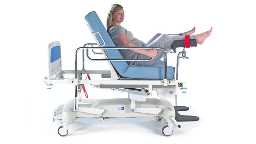 Delivery bed / electrical / on casters / 3 sections BirthRight™ ArjoHuntleigh