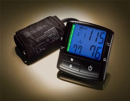 Automatic blood pressure monitor / electronic / arm IN4 KP-7770 IN4 Technology Corp.