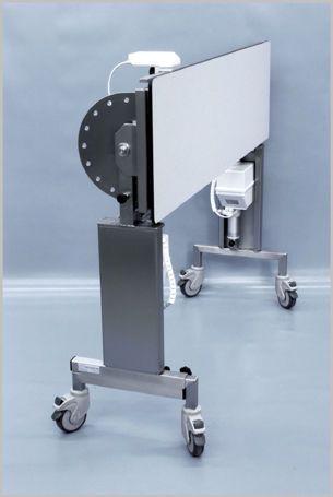 Veterinary operating table / electrical / mechanical / on casters 102 090 Hedo Medizintechnik