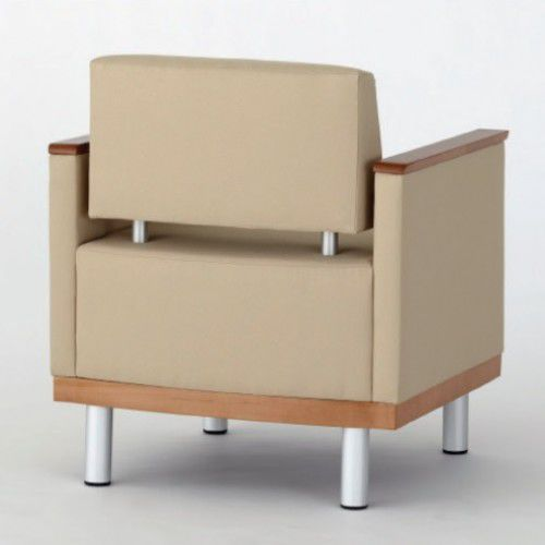 Armchair Bloom 162C Campbell Contract