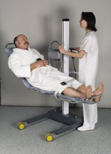 Height-adjustable shower stretcher / electric SOLIFT Somethy