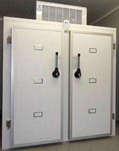 6-body refrigerated mortuary cabinet Morquip