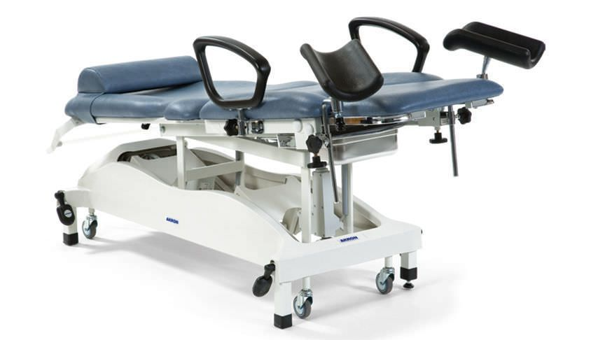 Gynecological examination table / electrical / height-adjustable / on casters STREAMLINE™ Gynae 3 Deluxe Akron