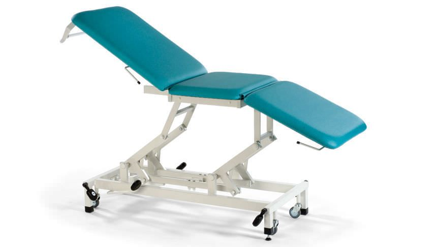 Hydraulic examination table / height-adjustable / on casters / 3-section STREAMLINE™ Merit 3 Akron