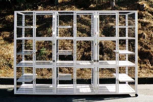 9-unit veterinary cage / 9-shelf S559 CD&E Enterprises