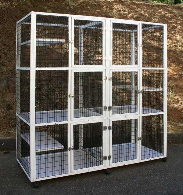 3-unit veterinary cage / 3-shelf S555 CD&E Enterprises