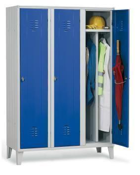 Locker room cabinet / for healthcare facilities / with hinged door / 3-door Doimo Mis srl
