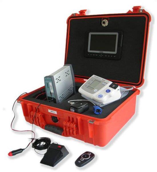Mobile care unit wireless / ambulatory VitelMed