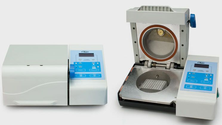Dental laboratory polymerizer Kerr