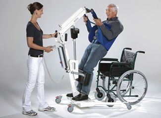 Mobile patient lift / electrical genius aacurat gmbh