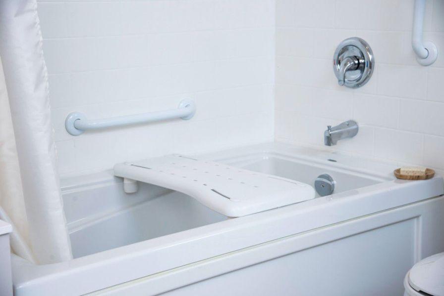 Bath board HealthCraft Product Inc