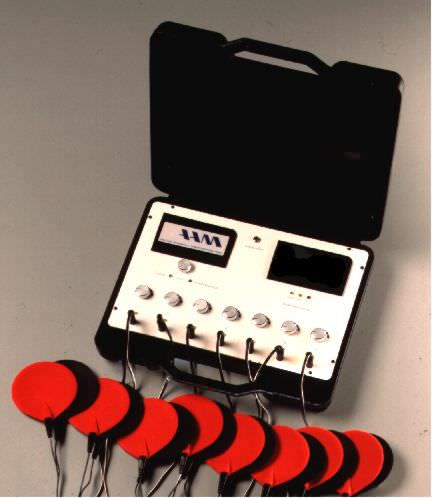 Electro-stimulator (physiotherapy) / TENS / 7-channels DE 37 AAM