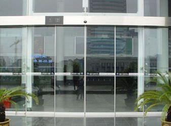 Hospital door / automatic / sliding / with glass panel Electric Victordoor