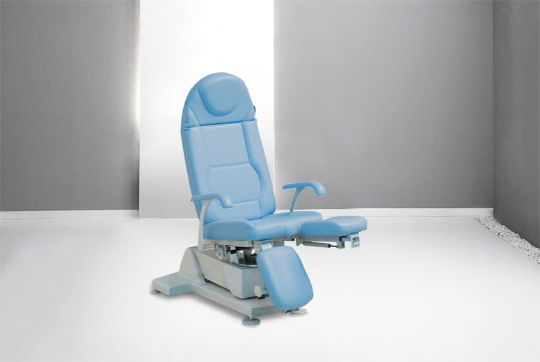 Podiatry examination chair / electrical / height-adjustable / 3-section PLS Podo Gharieni