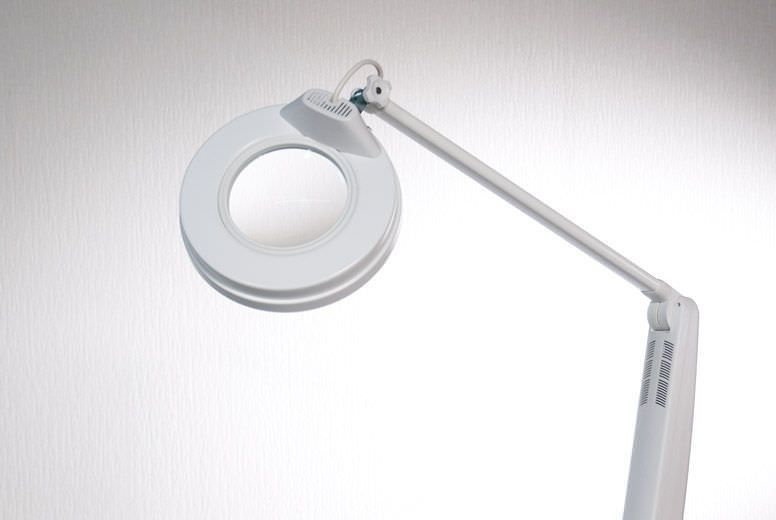 Magnifying examination lamp De Luxe PLUS Gharieni