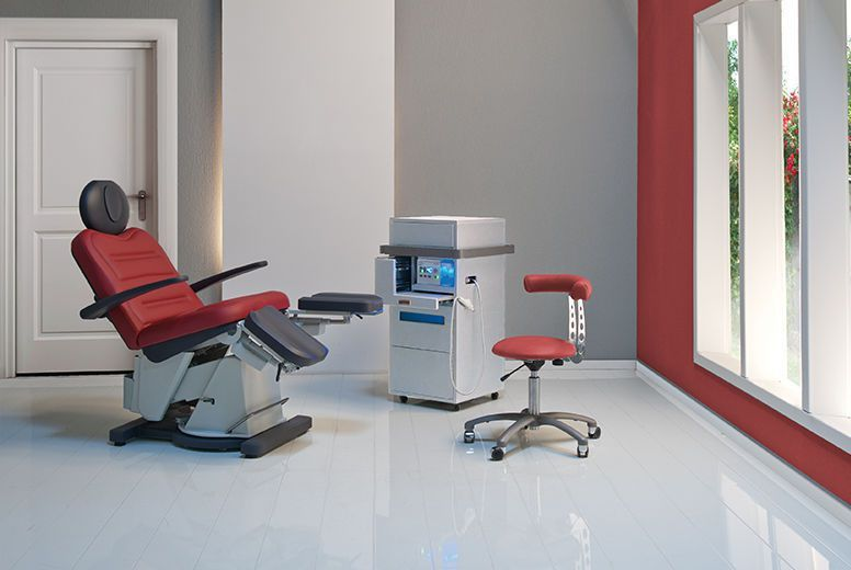 Podiatry examination chair / electrical / height-adjustable / 3-section SLS Podo Gharieni