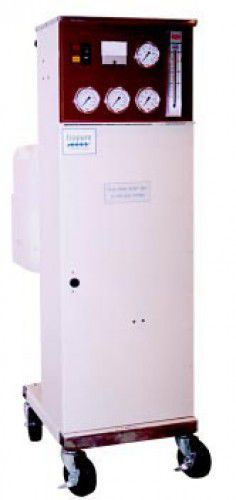 Healthcare facility water purification system / reverse osmosis HydroBLASTTM Isopure