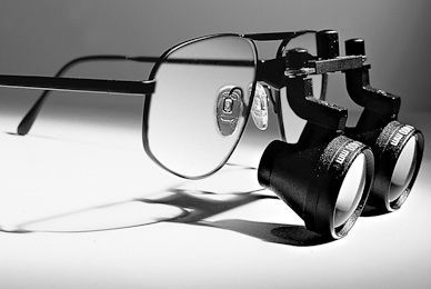 Magnifying loupe with frames Oculus
