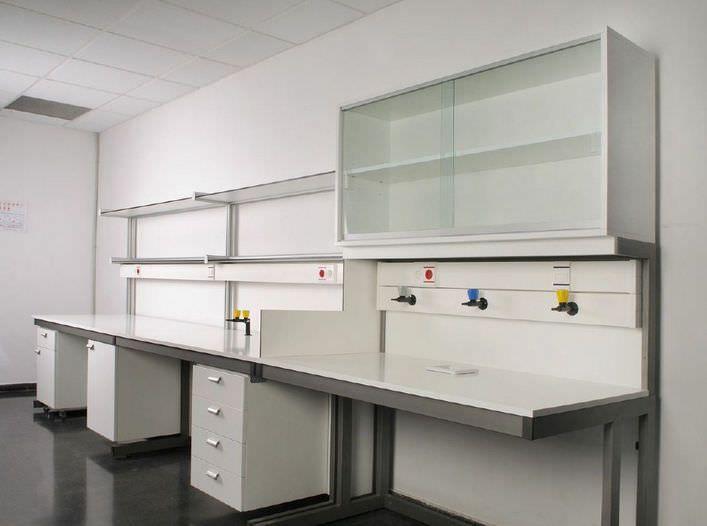 Healthcare facility worktop / with sink Instalaciones EYMASA