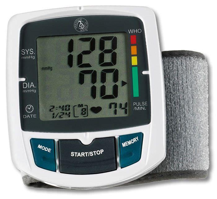 Automatic blood pressure monitor / electronic / wrist WristMate™ HM-50 Prestige Medical