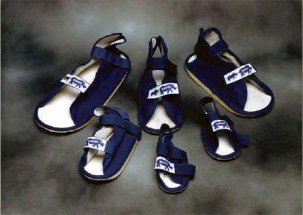 Pediatric cast shoe RHINO Pediatric Orthopedic Designs, Inc.