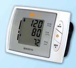 Automatic blood pressure monitor / electronic / wrist BW2010 nu-beca & maxcellent