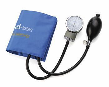 Cuff-mounted sphygmomanometer DGX006 Jiangsu Dengguan Medical Treatment Instrument