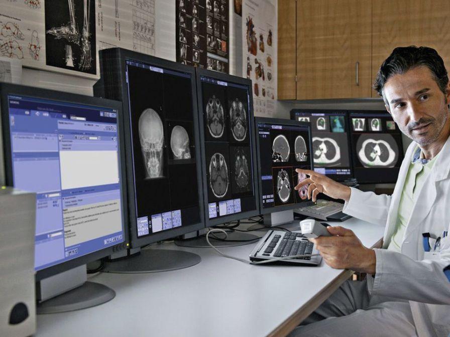 Radiology information system RIS syngo Siemens Healthcare