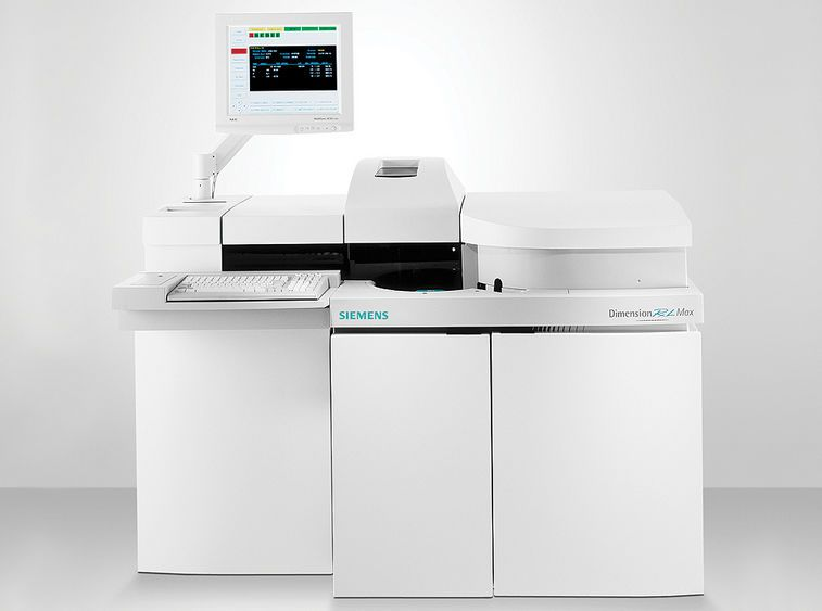 Automatic biochemistry and immunoassay analyzer / integrated system Dimension® RxL Max® Siemens Healthcare