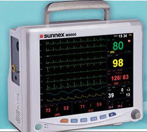 """Compact multi-parameter monitor 12.1"""" TFT   M9000A Sunnex MedicaLights"""