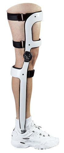 Knee, ankle and foot orthosis (KAFO) (orthopedic immobilization) / articulated TOWNSEND KAFO BRACES Townsend