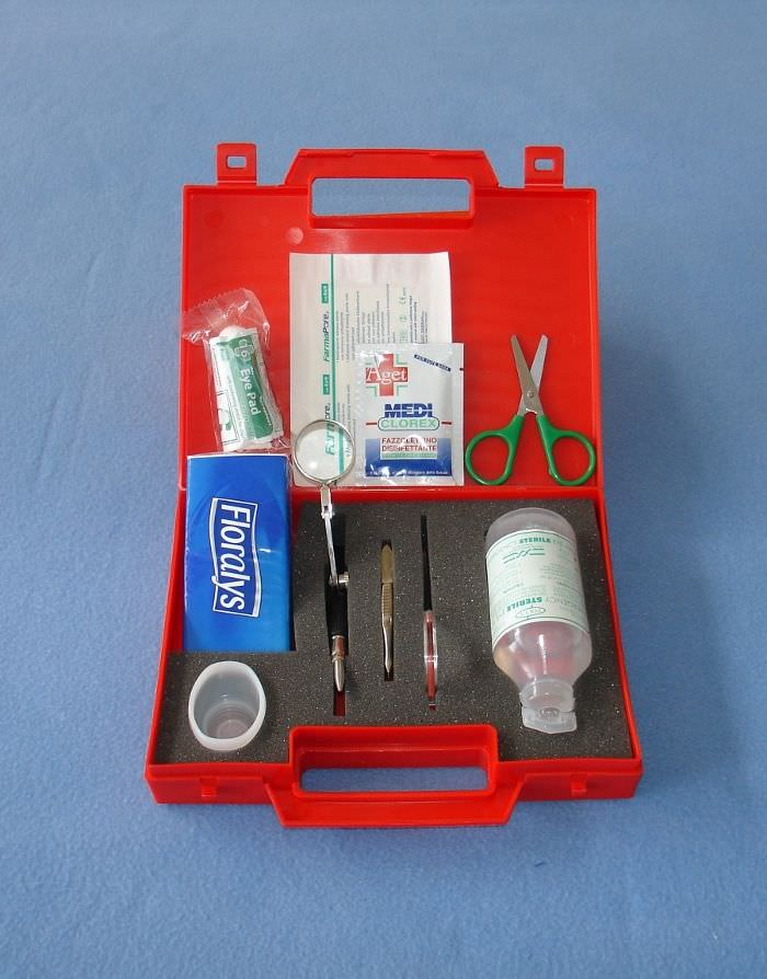 Splinter-removal medical kit SPLINTER-OFF Taumediplast