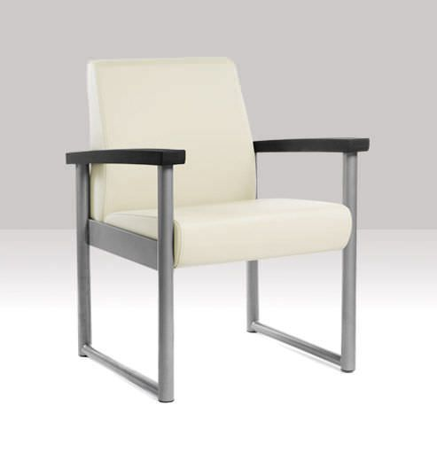 Chair with armrests Oasis Heavy-Duty Stance Healthcare
