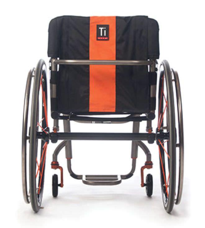Active wheelchair / height-adjustable / with legrest ZR TiLite