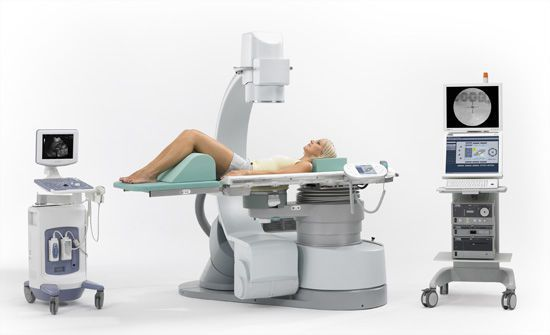 Extracorporeal lithotripter / with lithotripsy table / with C-arm MODULITH® SLX-F2 Storz Medical