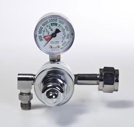 Oxygen pressure regulator V7327 Smiths Medical Surgivet
