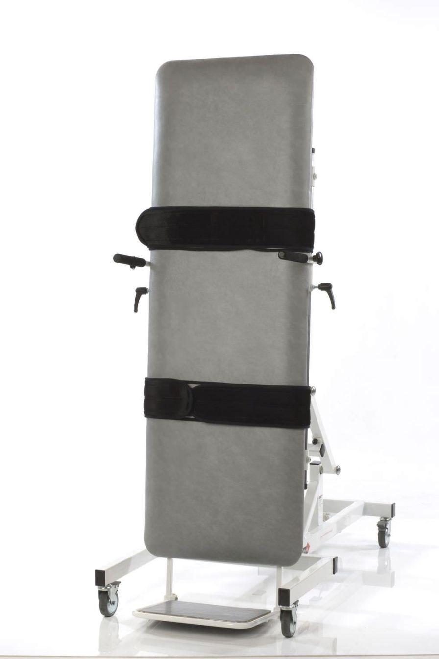 Electrical tilt table / 1-section / height-adjustable / on casters Medi-Plinth