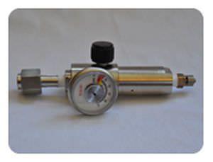 Intraocular gases pressure regulator / adjustable-flow Sonomed Escalon