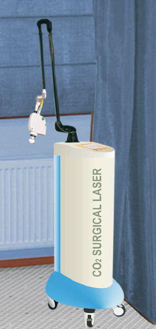 Dermatological laser / CO2 / on trolley 10 600 nm V-Care Medical Systems